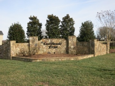 Castlebrooke Farms Entrance